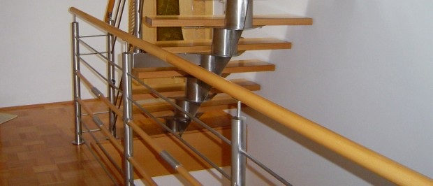 Production of stairways, fences and balconies made of stainless steel